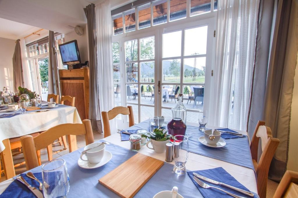Apartmán-Hotel Jítrava: Quality Cuisines with Organic Meat